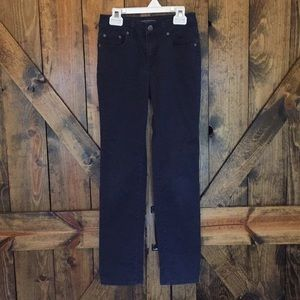 NWOT Vince dark wash navy blue jeans size 0!